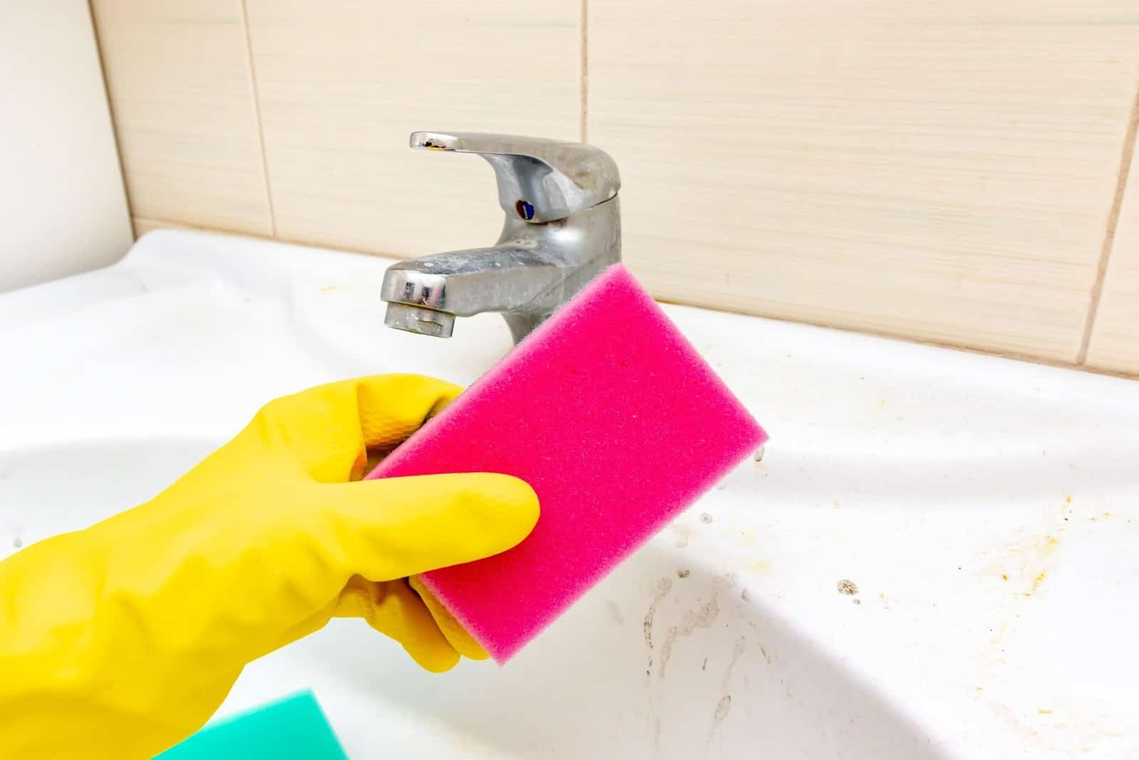 Easy tips for a clean house in monsoon