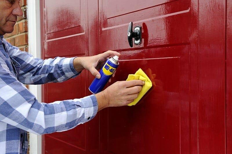 5 Important Garage Door Maintenance Tips to keep Your Garage Door Working Efficiently